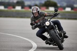 Motorrad Rundstrecken Kurventraining 1